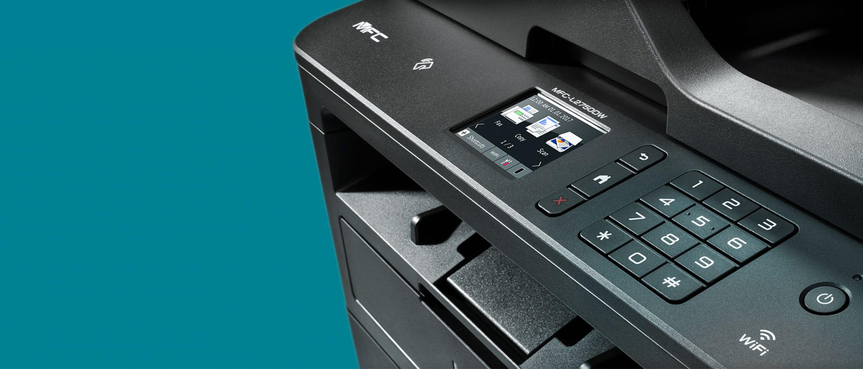 Multifunkční mono tiskárna MFC-L2750DW na šedozeleném pozadí