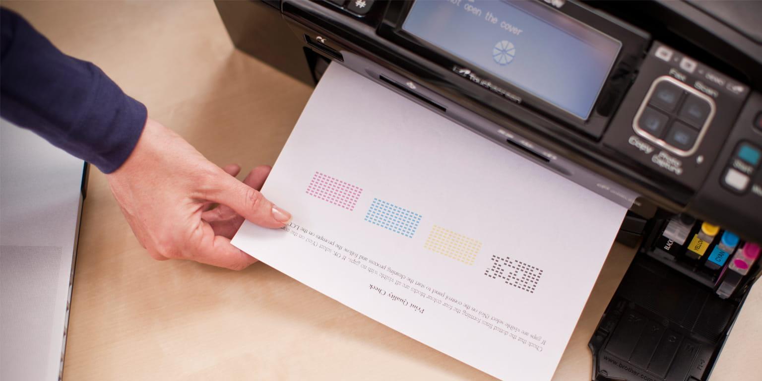 Výtisk kvality tisku z barevné inkoustové multifunkční tiskárny