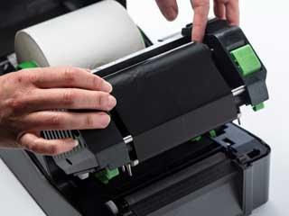 Instalace termotransferové barvonosné pásky do tiskárny TD-4T