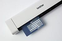 Přenosný skener dokumentů Brother DS-740D s vloženou identifikační kartou