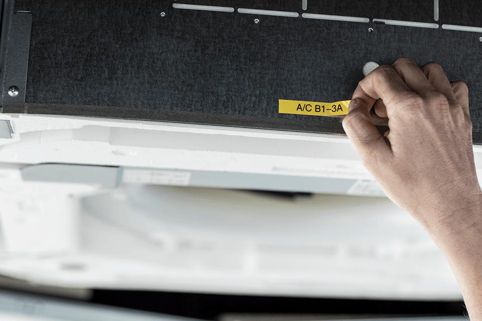 Brother P-touch PT-E110VP tiskárna štítků pro elektrikáře 9