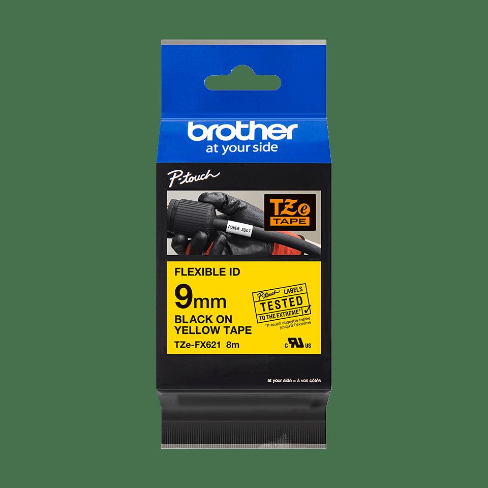 Originální kazeta s páskou Brother TZe-FX621 - černý tisk na žluté, šířka 9 mm 2