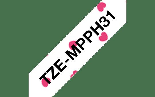 Originální kazeta s páskou Brother TZe-MPPH31 - černý tisk na růžových srdíčkách, šířka12 mm 3