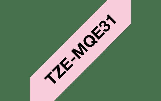 Originální páska Brother TZe-MQE31-  černá na pastelové růžové - 12 mm